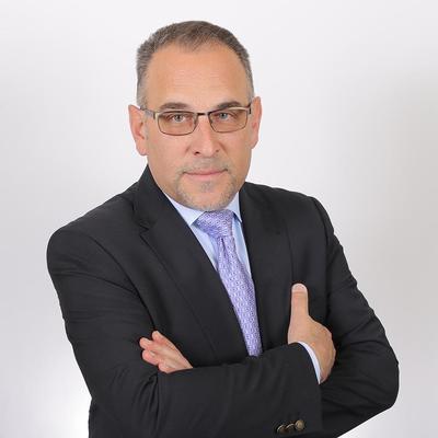 Antonio Noriega,HABLO ESPAÑOL:Residential Real-Estate