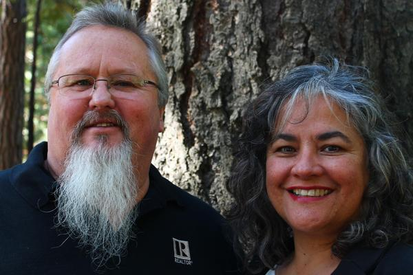 Angela Johns & Dave Johns,: